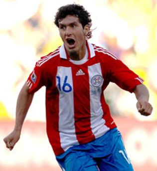 Foto: Paraguay gana con facilidad a Eslovaquia y aprieta a Italia