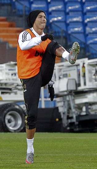 Foto: Cristiano Ronaldo está picado y rumia venganza tras los silbidos del Bernabéu