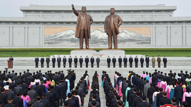 Ciudadanos en Pyongyang. (Reuters)