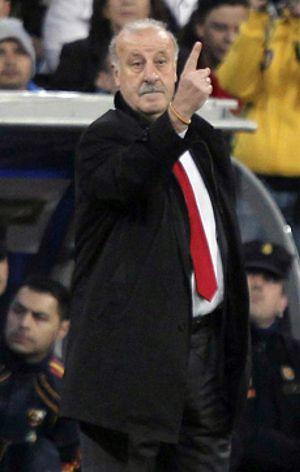 España no espera más la oferta de China y jugará dos partidos en Estados Unidos