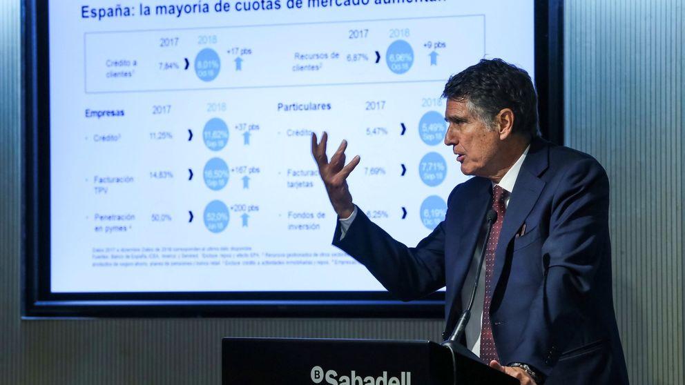 Guardiola deplora las críticas de los políticos: tratan a la banca como vudú