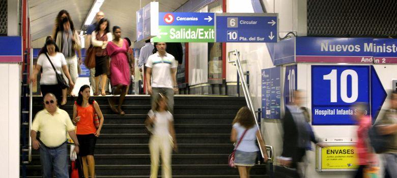 Foto: Un bulo difundido a través de 'Whatsapp' desata la alarma en el Metro de Madrid