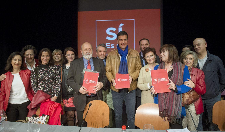 Foto: Pedro Sánchez, durante la presentación del documento definitivo 'Por una nueva socialdemocracia', este 11 de mayo en la Casa del Reloj de Madrid. (EFE)