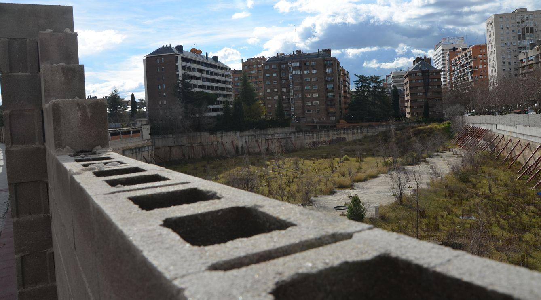 Foto: Solar situado en la calle Padre Damián. Foto: Elena Sanz.