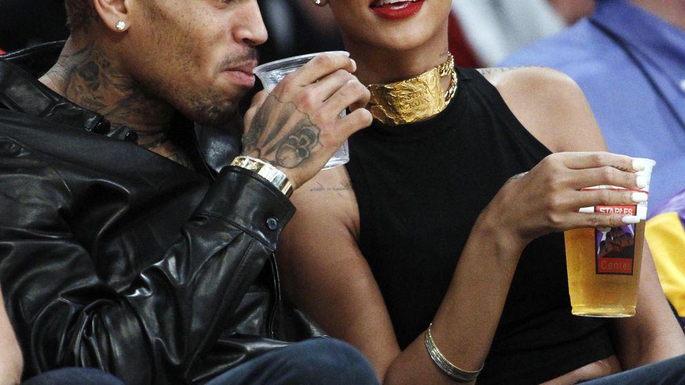 Rihanna explica por qué volvió con Chris Brown tras ser maltratada por él