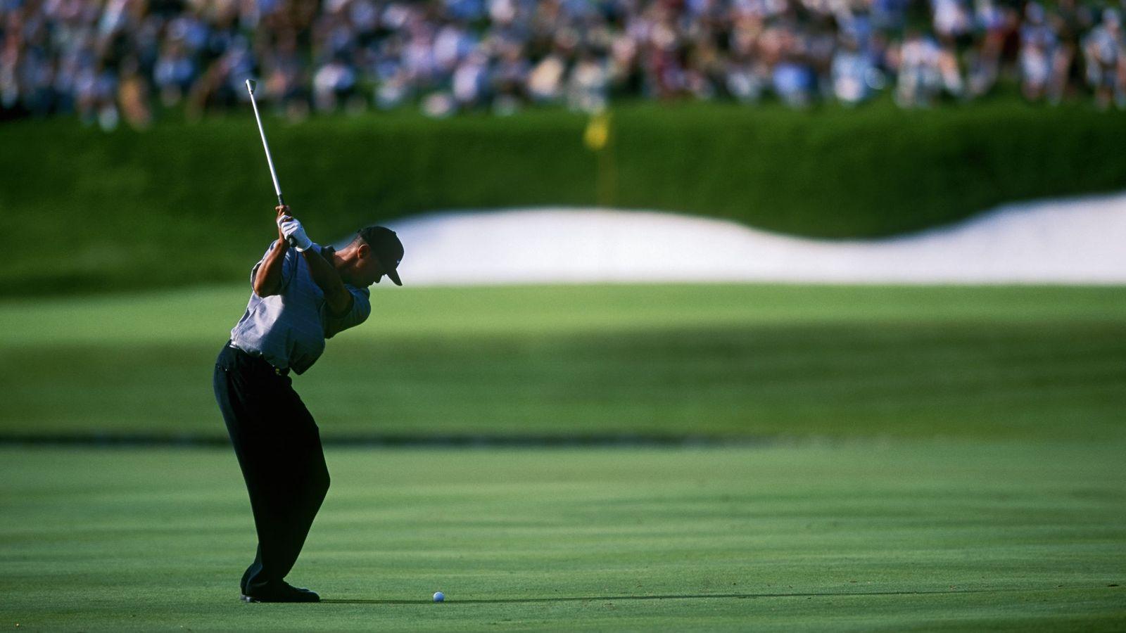 Foto: Tiger Woods, en acción en Valderrama Golf Club. (Foto: Corbis)