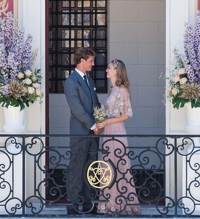 Foto: Primera imagen de la boda civil de Pierre Casiraghi y Beatrice Borromeo (Instagram)