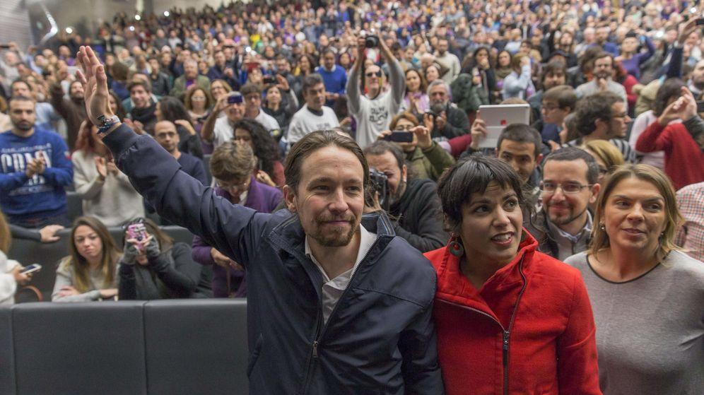 Foto: Mitin podemos en palacio congresos sevilla