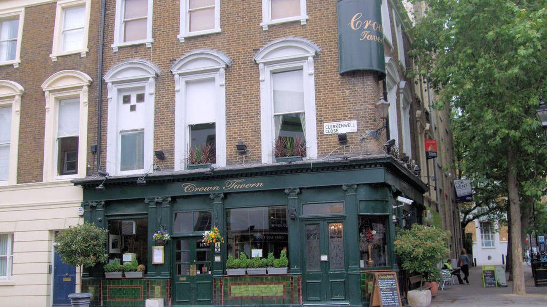 Crown Tavern, donde supuestamente Stalin y Lenin se tomaron unas birras. (Flickr/Jin Linwood)