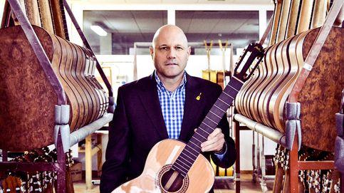 Manuel Rodríguez, guitarras y percusión