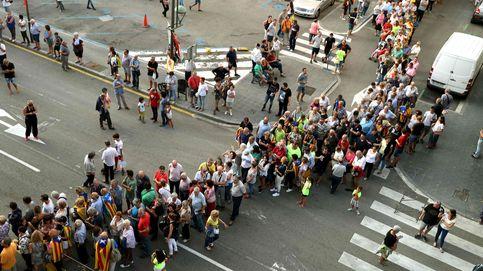 Más de 6.000 personas arropan a Puigdemont y Junqueras en el primer acto por el sí