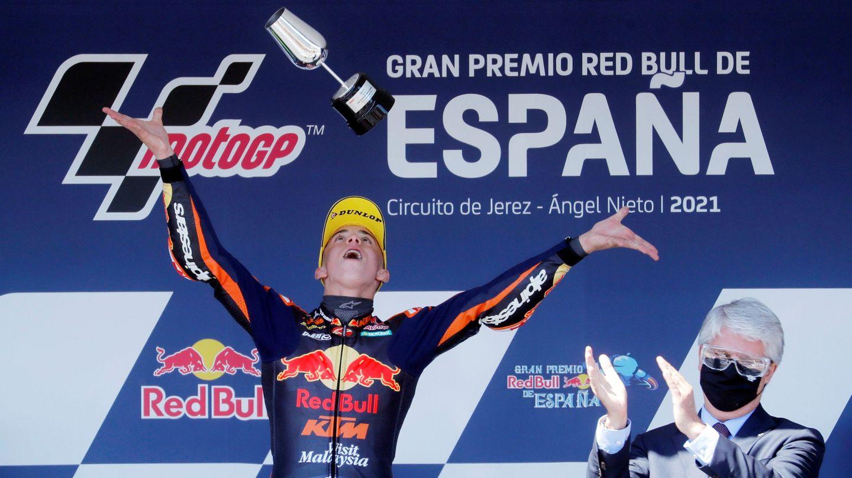 Acosta celebra su victoria en el GP de España. (REUTERS)