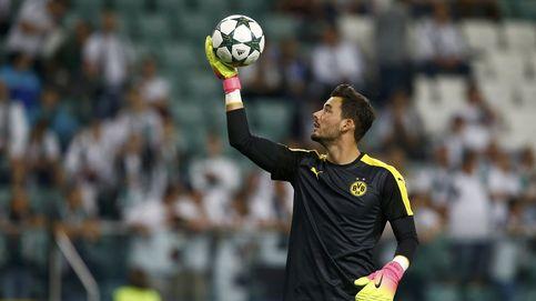 Esta es la extraña manía del portero del Borussia de Dortmund