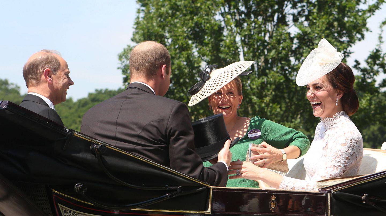 Los duques de Cambridge y los condes de Wessex, en las carreras de Ascot. (Gtres)