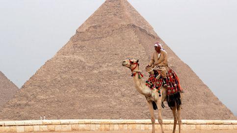 Al menos dos muertos en la explosión de un autobús de turistas en El Cairo