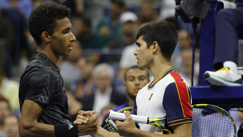 Momento en el que Carlos Alcaraz confirma su retirada del US Open. (Reuters)