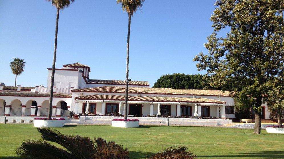 Foto: Campo de golf en Tomares. (A. Rivera)