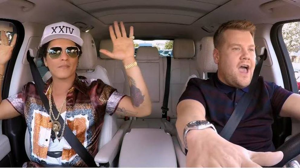 El Bruno Mars más divertido canta Elvis Presley en 'Carpool Karaoke'