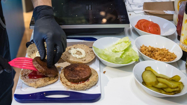 Cinco trucos para adelgazar y perder la grasa de la barriga con la dieta vegetariana