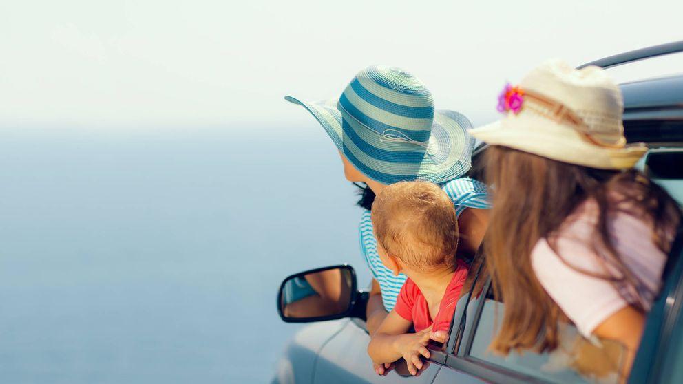 Los secretos para sobrevivir a un largo viaje en coche con tus hijos pequeños