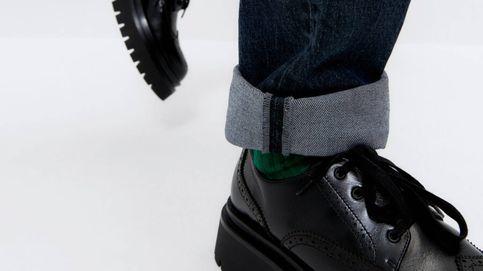 Uterqüe tiene los zapatos planos para pisar con fuerza el nuevo año
