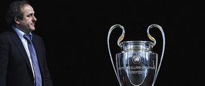 Foto: Las sanciones de UEFA abren la lucha por Europa a clubes que aún no se han salvado