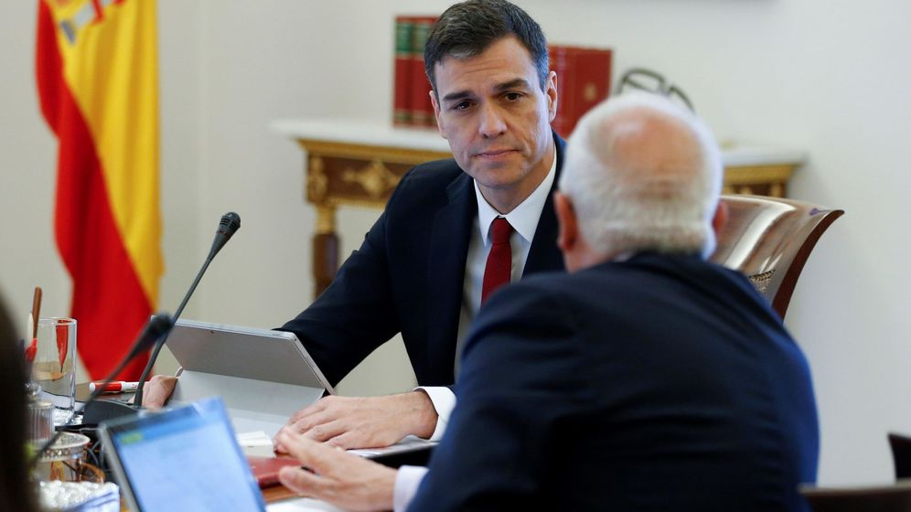 Foto: Pedro Sánchez preside el primer Consejo de Ministros de su mandato (Efe)