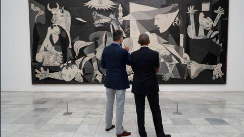 El Rey acompaña a Obama a ver el Guernica en una visita privada