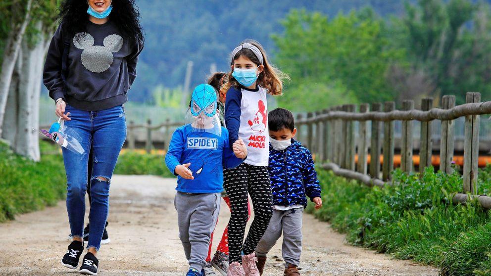 Simón asegura que es compatible que los padres hagan deporte y paseen con los niños