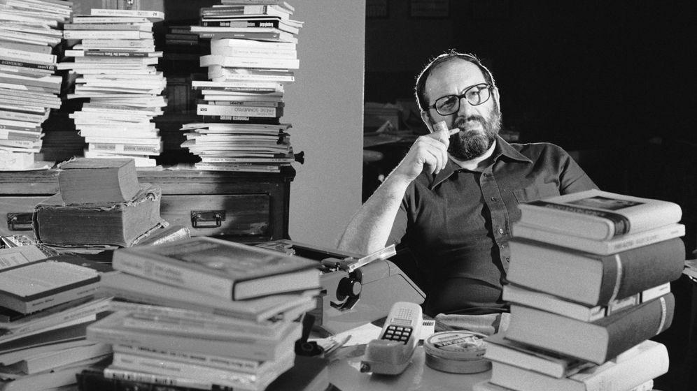 Foto: Umberto Eco en su estudio (Foto: David Lees/Corbis)
