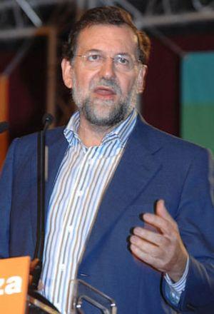 """Rajoy: """"Todos tenemos alguna deuda con Suárez"""""""