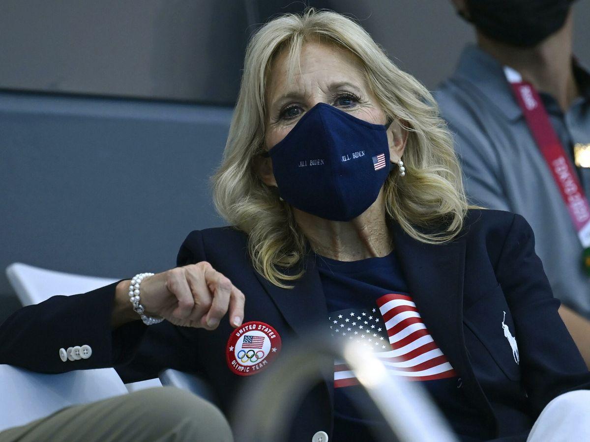 Foto: Jill Biden, con el uniforme olímpico. (EFE)