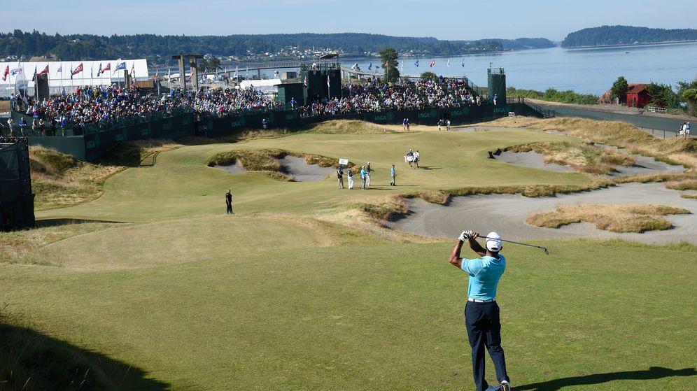 Foto: Tiger Woods practicando en el US Open (Reuters).