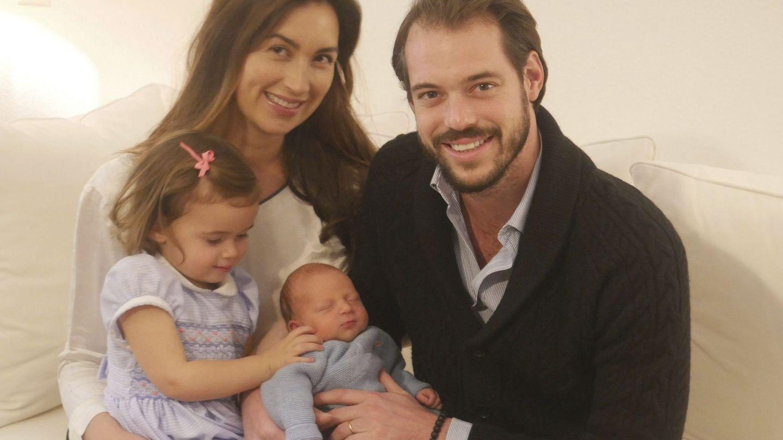 Félix y Claire, con sus dos hijos. (EFE)