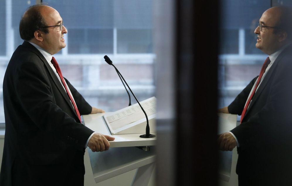 Foto: Miquel Iceta, el pasado 9 de mayo, en una rueda de prensa en el Parlament. (EFE)