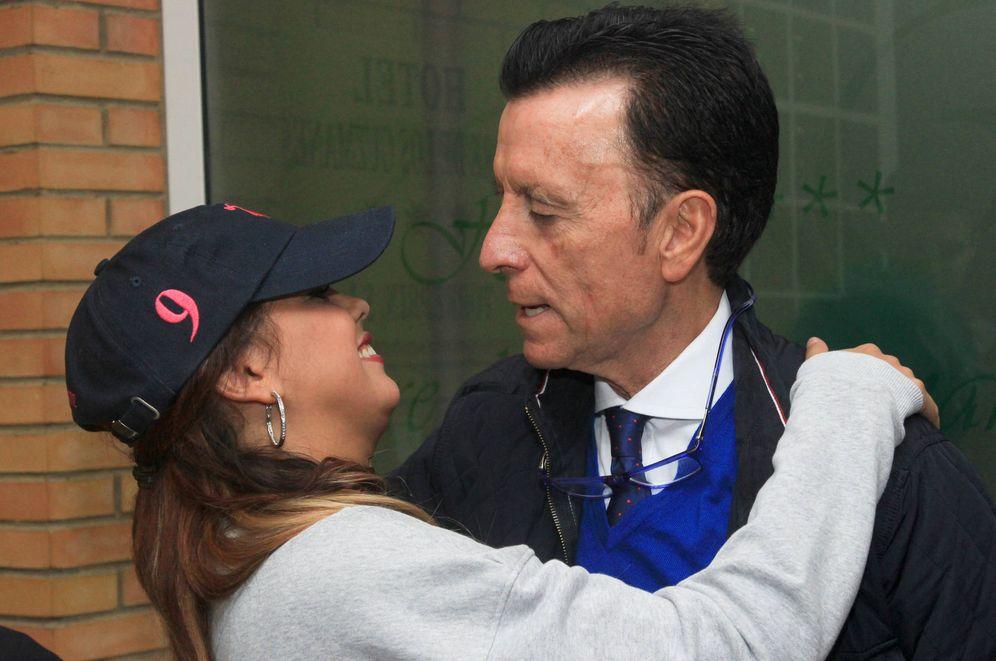 Foto: El torero José Ortega Cano con Gloria Camila.