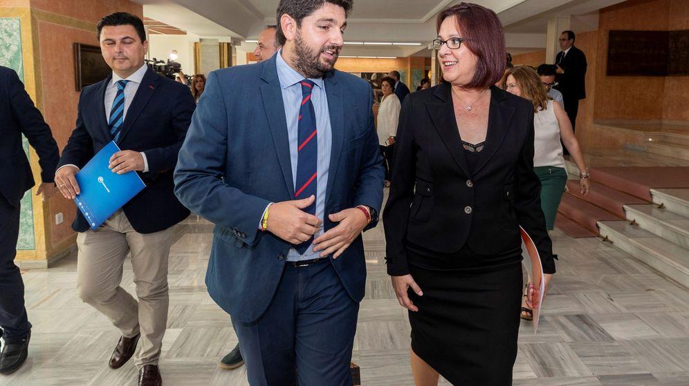 Foto: El presidente de la Región de Murcia, Fernando López Miras (PP), e Isabel Franco (Cs). (EFE)