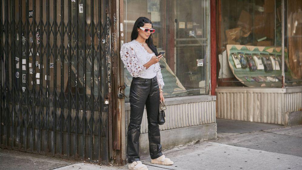 Foto: Prueba a incluir estos zapatos planos en tus outfits. (Imaxtree)