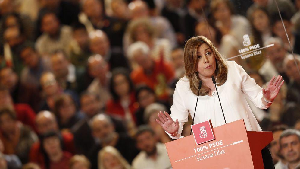 Foto: Anuncio oficial de la candidatura de Susana Díaz a las primarias para liderar el PSOE. (EFE)