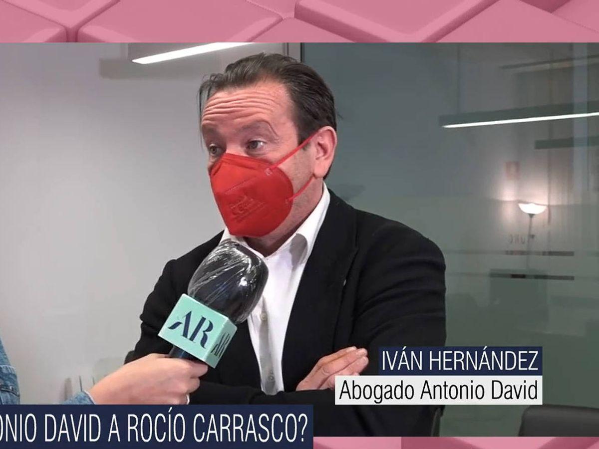 Foto: Iván Hernández, abogado de Antonio David Flores. (Mediaset)