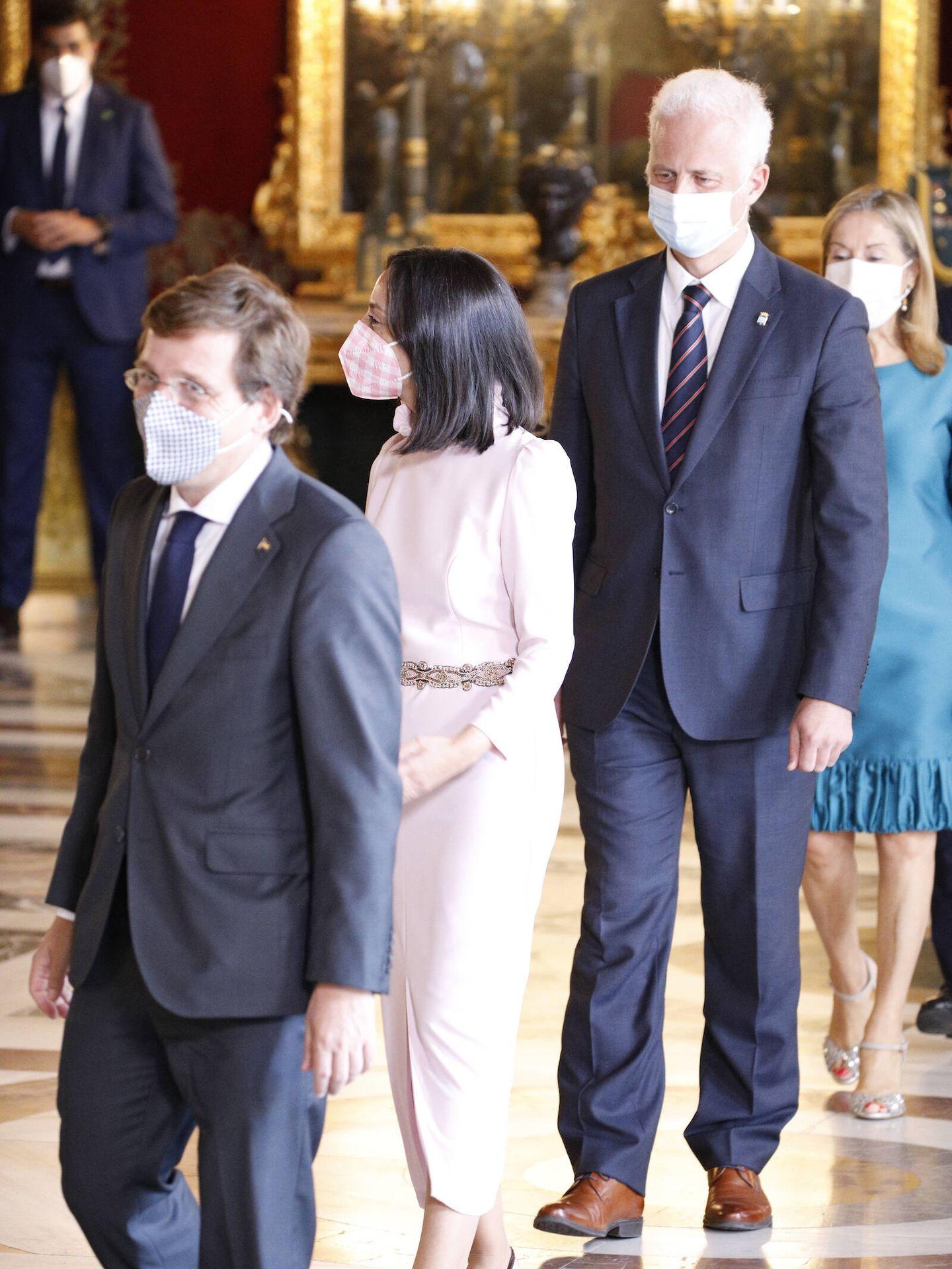 Representantes de la política durante la recepción. (Limited Pictures)
