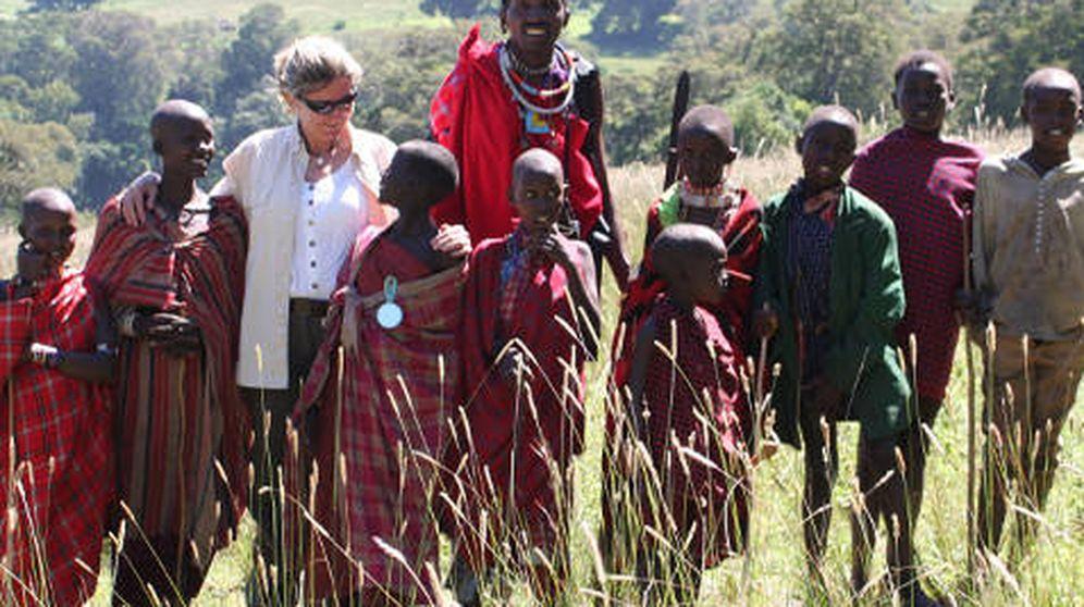 Foto: Mercedes Barceló, mujer de Emilio Cuatrecases, en su misión en África. (Cortesía)