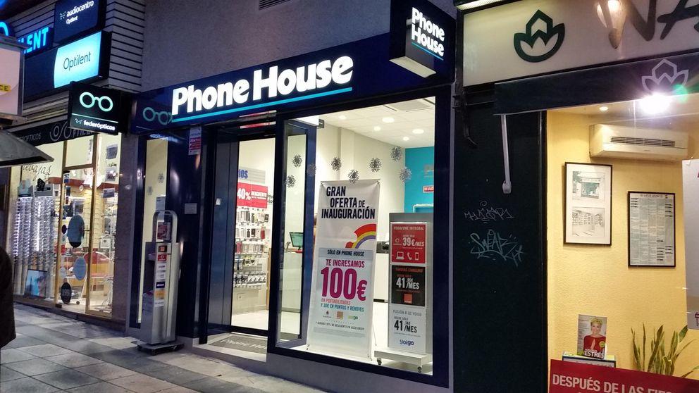 Movistar, Vodafone y Phone House abusan en sus seguros para móviles