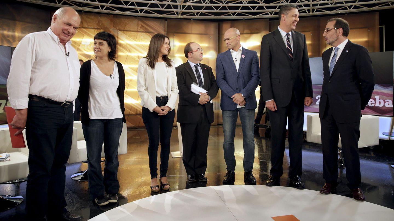 Los candidatos al 27-S, en un debate en 8TV. (EFE)