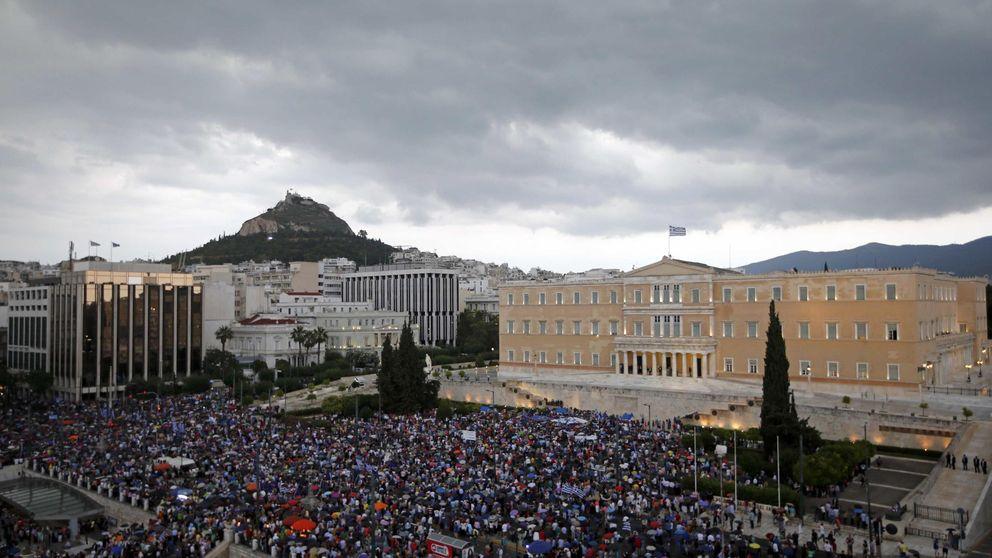 El 'no' pierde fuerza tras la imposición del 'corralito' en Grecia