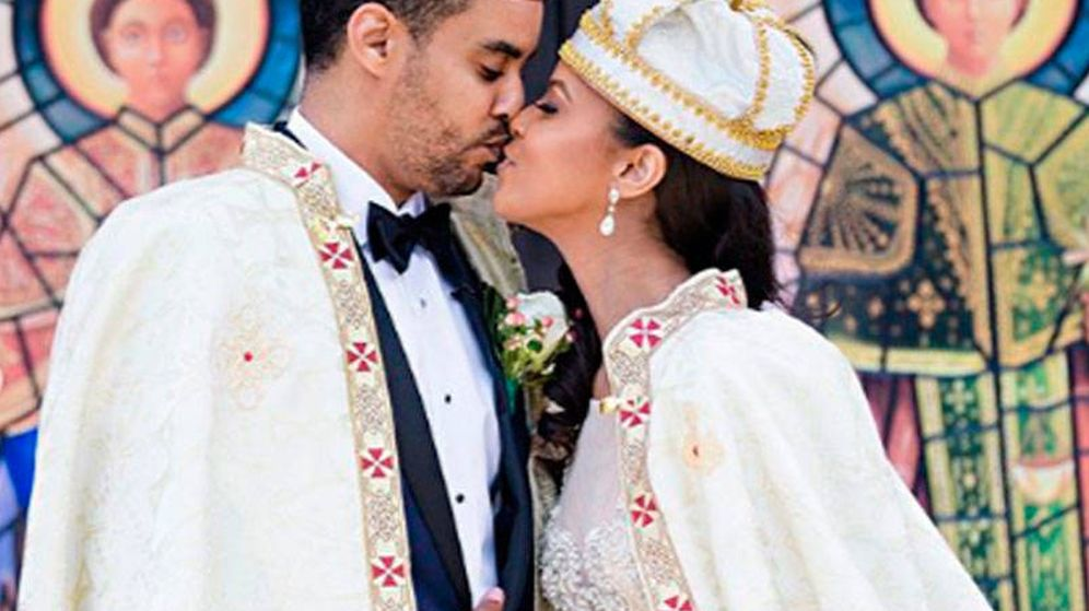 Foto: La princesa Ariana y el príncipe Joel, el día de su boda. (IG)