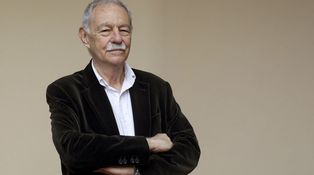 Eduardo Mendoza, el hombre que dejó de escribir bien para vivir mejor