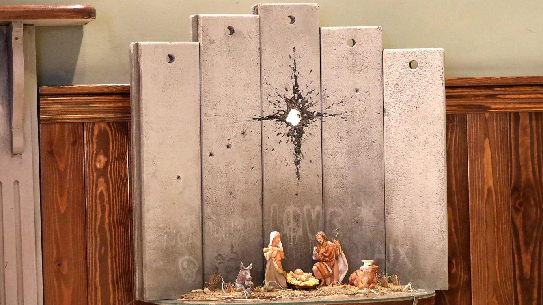 ¿Feliz Navidad? Banksy vuelve a su hotel de Palestina con un belén herido sin estrella