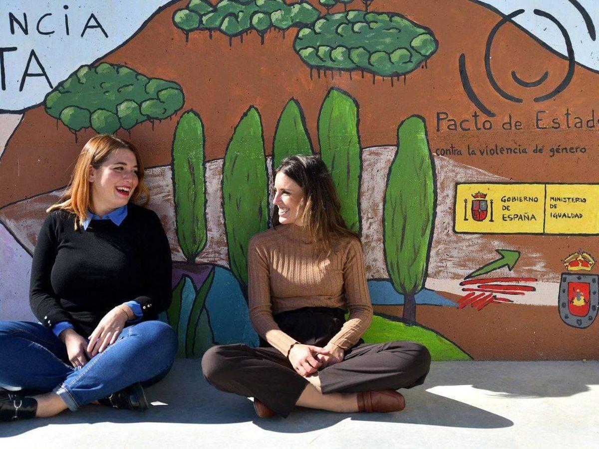 Foto: Ángela Rodríguez e Irene Montero. (Ministerio de Igualdad)