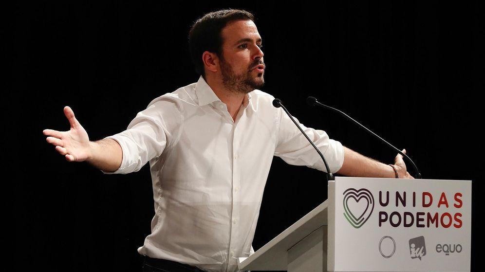 Foto: Alberto Garzón en campaña electoral (Efe)